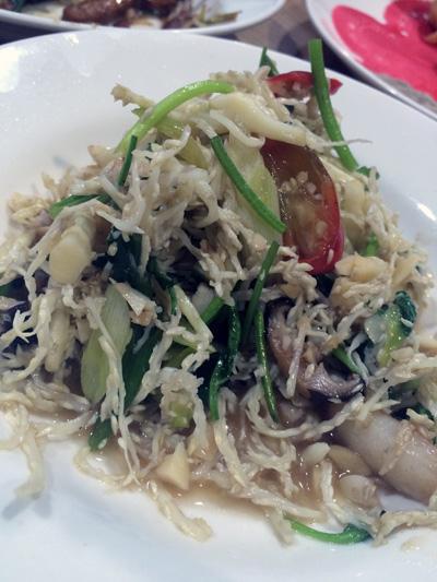 ビンロウの花が料理に!! 知る人ぞ知る台湾郷土料理の名店・天母「塗姆埔里小吃」
