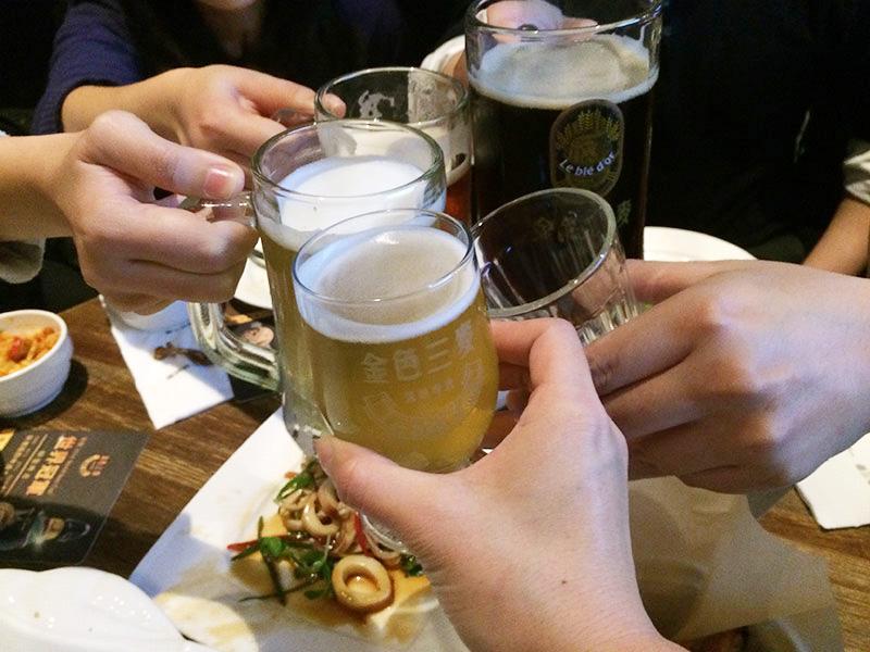 台湾ビール,クラフトビール,金色三麦,チンスーサンマイ,ハニーラガー,龍眼蜂蜜,レストラン,ビアホール