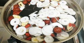 台湾,産後ケア,漢方,生薬,中医学,養肝茶,レシピ,電気鍋,電鍋