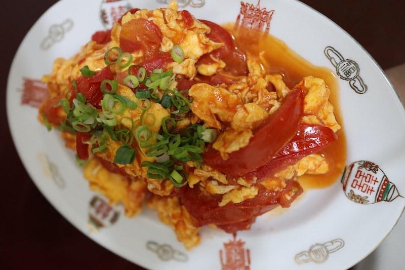 蕃茄炒蛋(ファンチエチャオダン・ふわふわ玉子とトマト炒め)の作り方レシピ